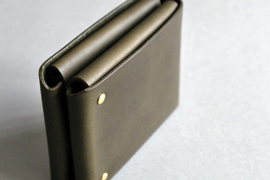 CUBE WALLET 方塊厚短夾・OLIVE GREEN橄欖綠-封面- 本相造物所selfportrait