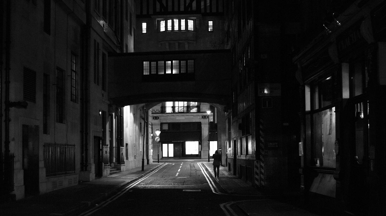 005 City Cave-PHOTOGRAPHS-本相造物所selfportrait